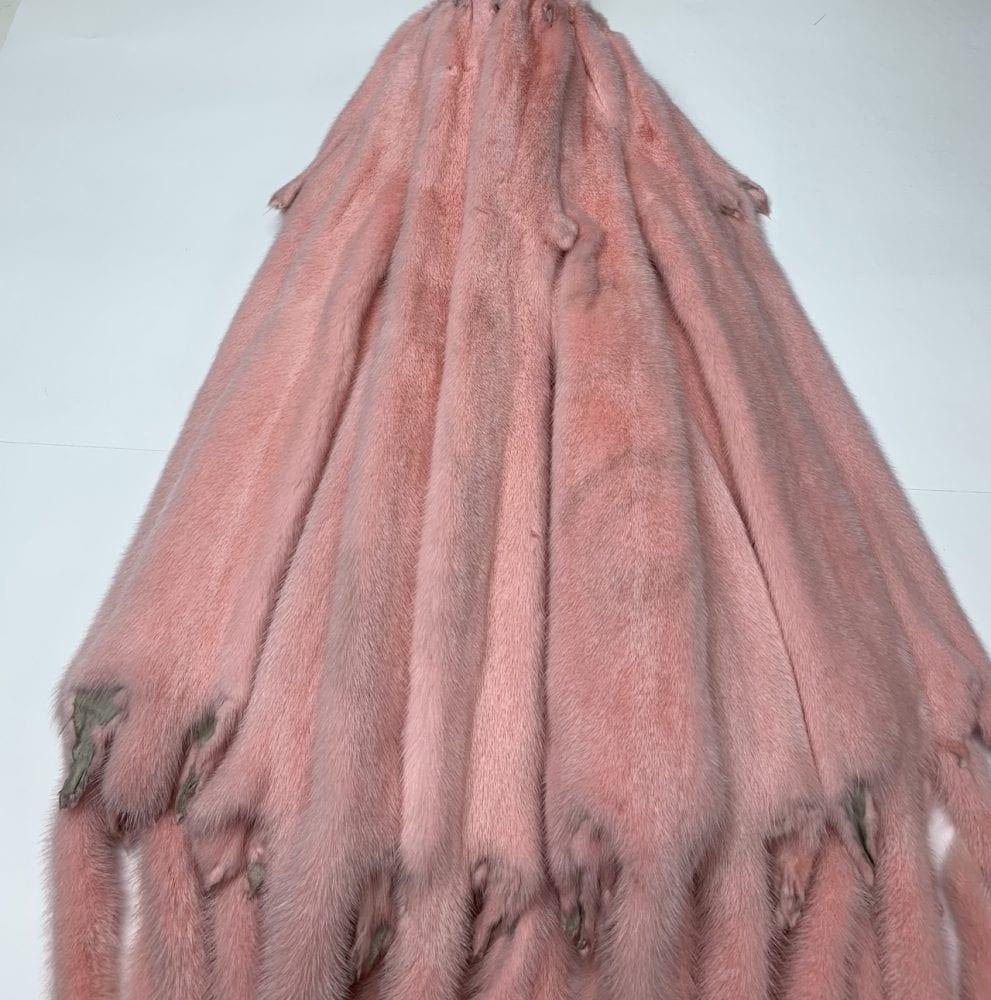 Мех норки цвет розовый