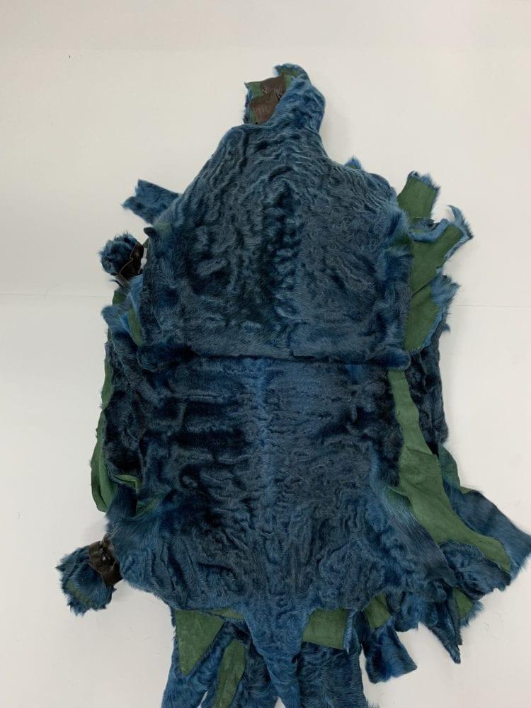 Мех каракуля синий