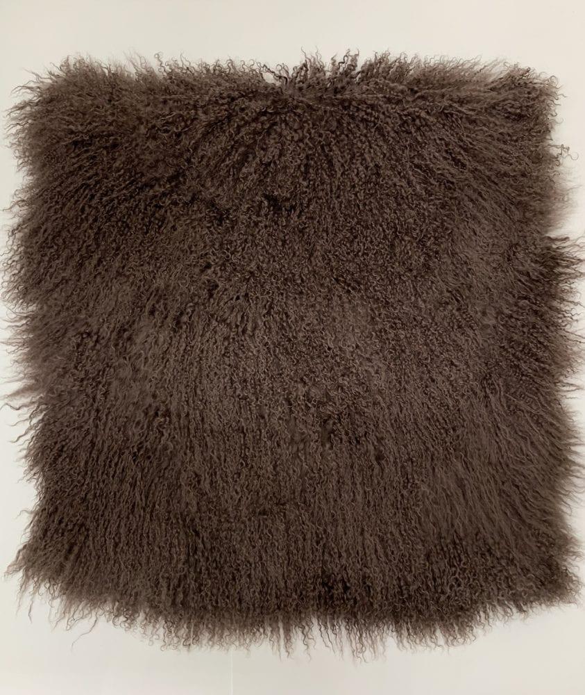 Пластина ламы серо-коричневая