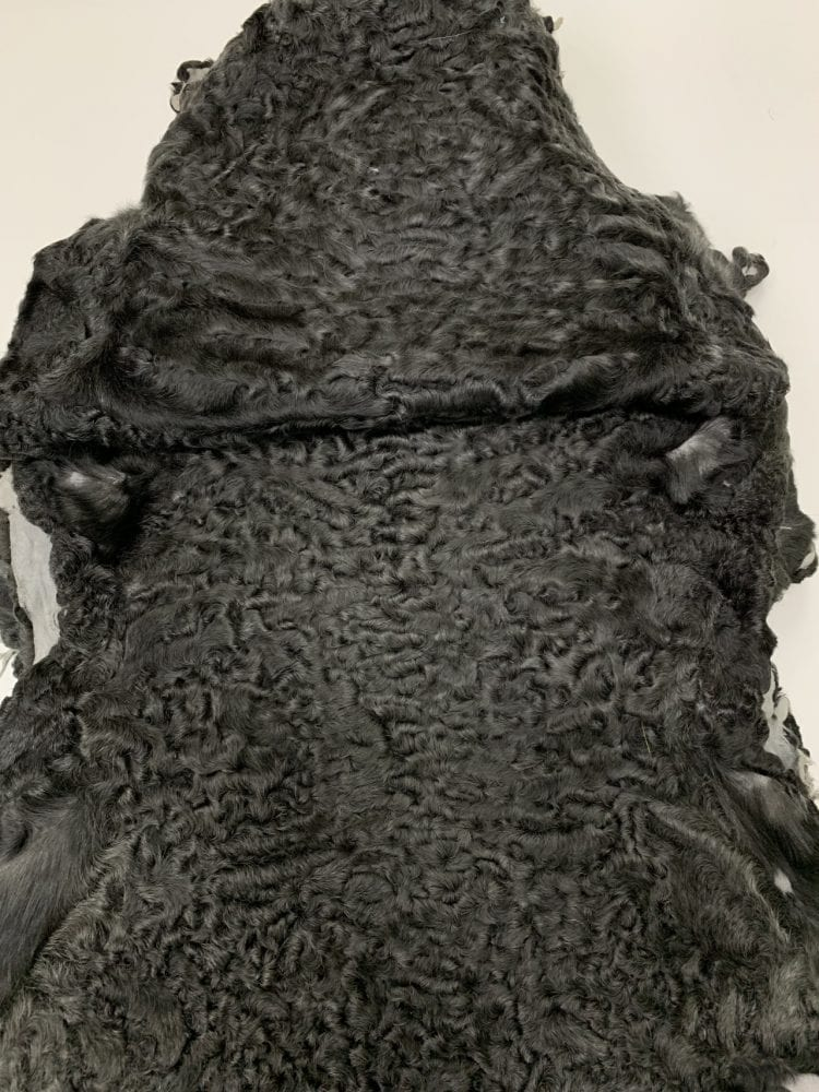 Каракуль Афганский крашенный  черный