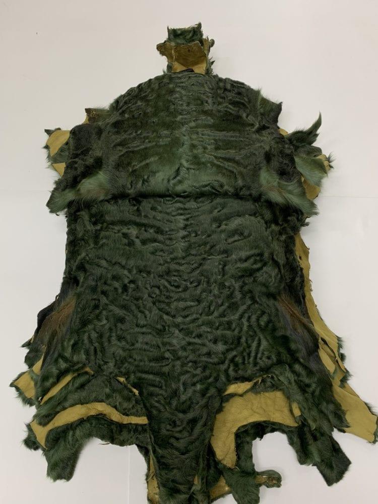 Каракуль крашенный темно зеленый