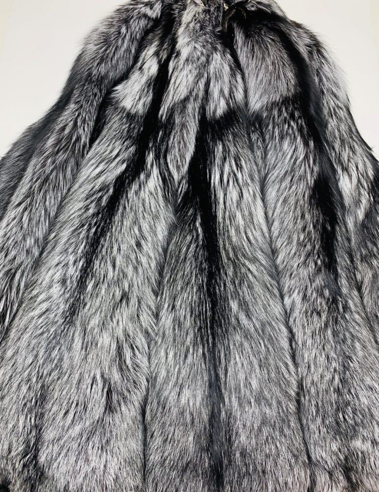 Шкурки лисы Серебристо-чёрные
