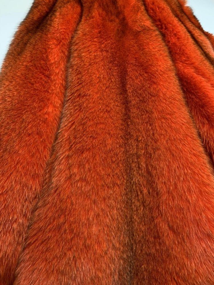 Мех песца красно-оранжевый