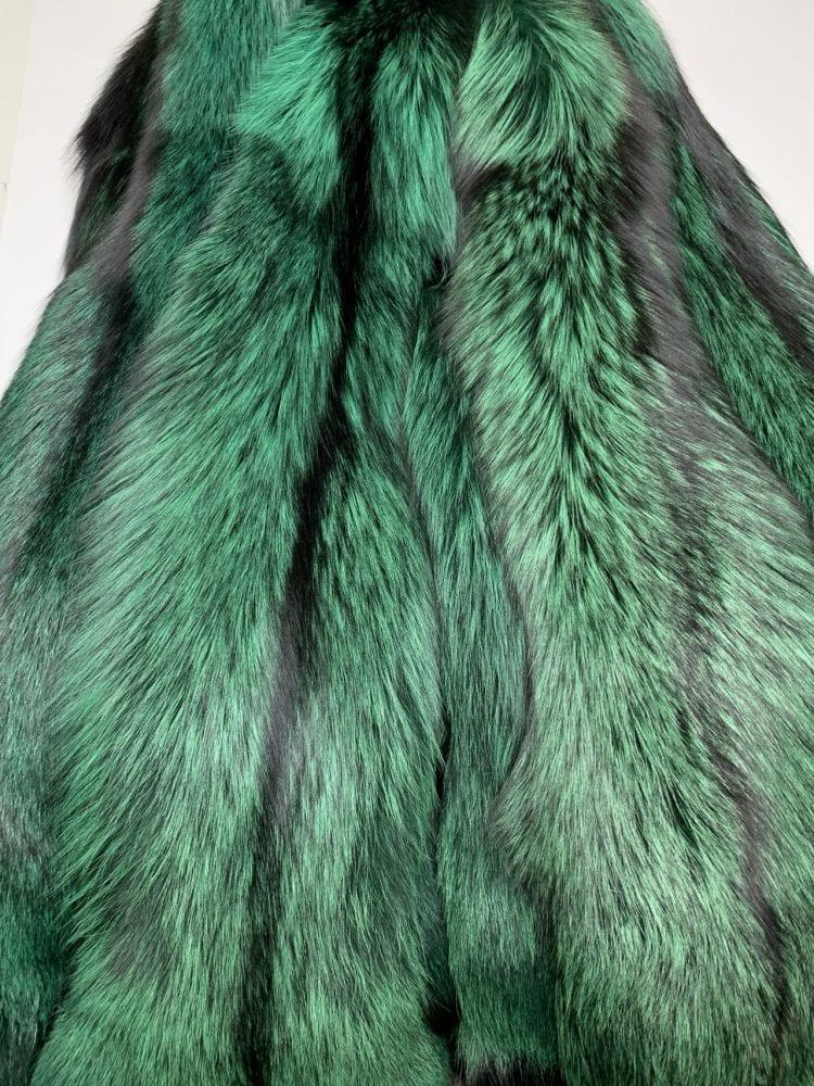 Шкурки лисы зелёные