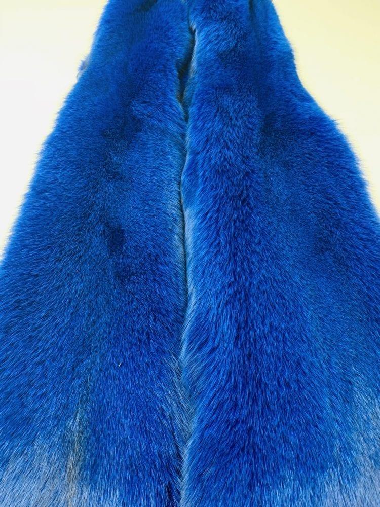 Песец цвет синий