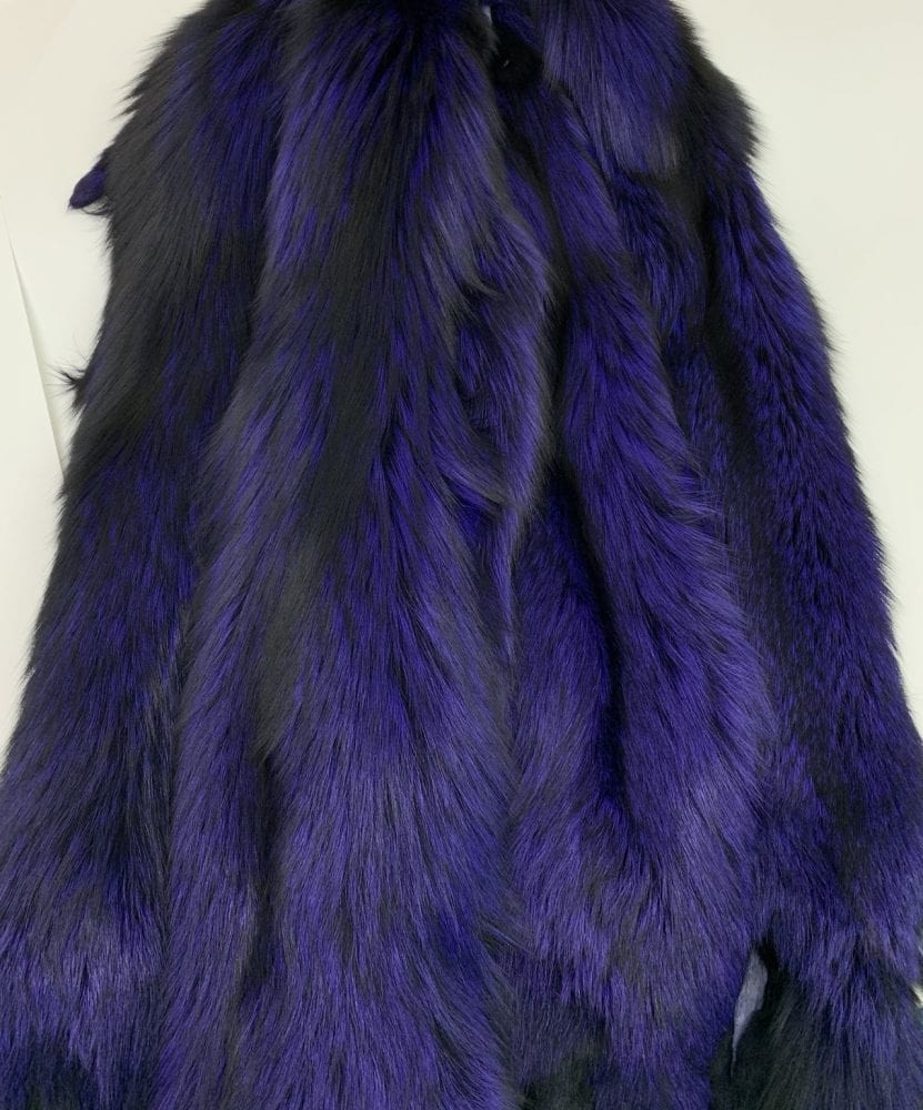Шкура лисы крашенная пурпурно-синяя