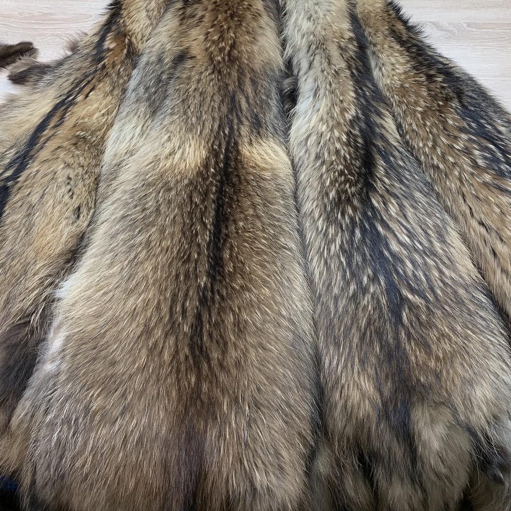 Шкурки Финской енотовидной собаки